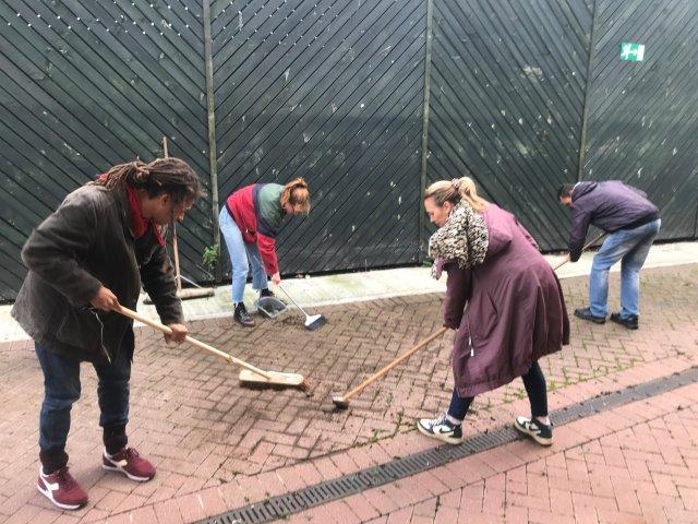 Community action to clean up CEC garden centre